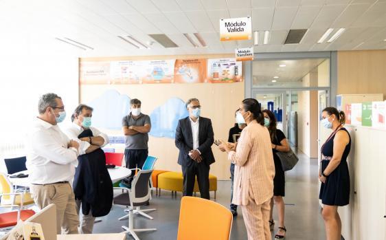 Una delegación del Ayuntamiento de Santa Susanna visita Benidorm