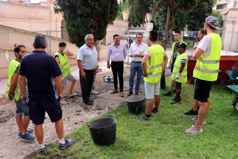 El Ayuntamiento inicia el arreglo del carril de 'running' que circunda el auditorio Julio Iglesias