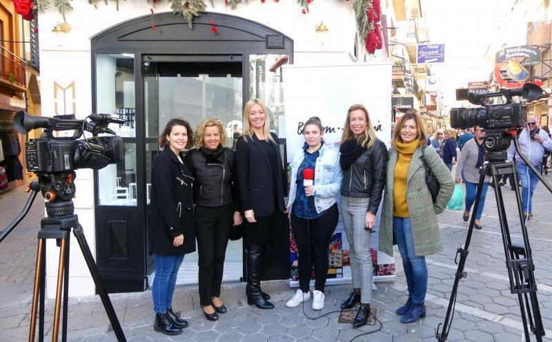 La campaña de Comercio 'Benidorm fet a mà' avanza hacia el centro histórico
