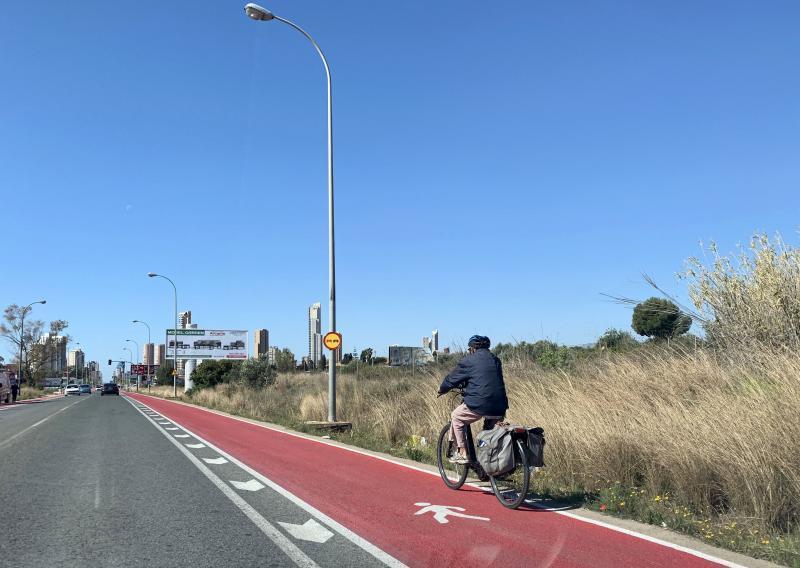 Las obras del 'Anillo Ciclista' llegan a Bernat de Sarrià y en breve lo harán a la avenida Europa