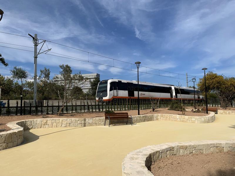 Más zonas verdes en el barrio de Els Tolls con la ampliación del parque de Els Ametlers