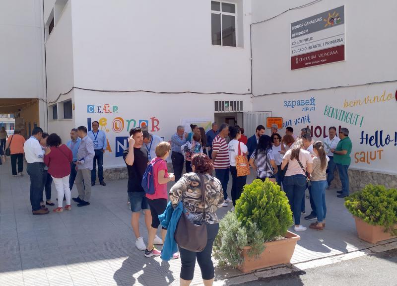 La jornada electoral arranca en Benidorm sin incidencias