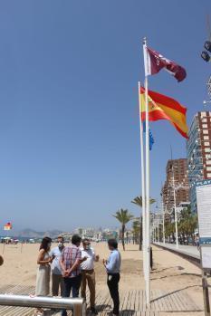 Las banderas Qualitur ondean en las playas de Benidorm