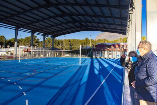 Deportes renueva e impermeabiliza las gradas del Guillermo Amor