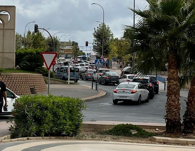 Ciudadanos denuncia el caos de tráfico provocado en Benidorm las medidas impuestas por el PP