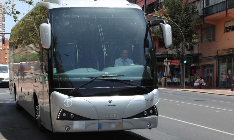 Benidorm ultima el transporte universitario al campus de Sant Vicent del Raspeig de la UA