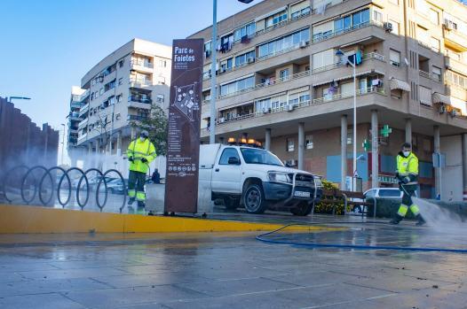 Nueva campaña de limpieza y desinfección extraordinaria en todos los barrios de Benidorm