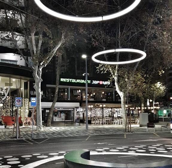 Benidorm begins on Monday the installation of the central lights of Mediterráneo avenue...