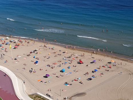 Las playas de Benidorm, abiertas