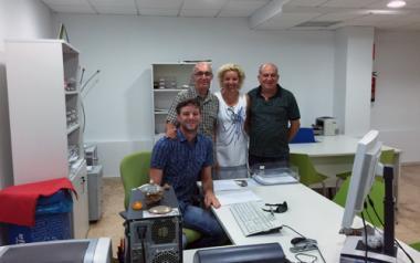 Mª Jesús Pinto visita las Extensiones Administrativas Municipales