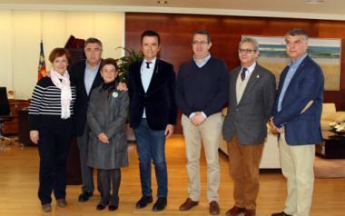 Donación benéfica de Ortega Cano a 4 asociaciones de Benidorm
