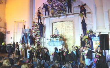 La ofrenda a la Mare de Déu del Sofratge abre los actos del 277 Aniversario del Hallazgo de la patrona de Benidorm