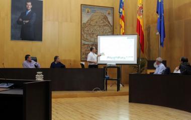 Benidorm lanza un proyecto para adecuar todos los senderos de El Moralet, incluida la antigua vía del TRAM
