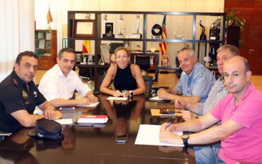 Benidorm aumentará las cámaras de vigilancia y las inspecciones en la zona de ocio del Rincón de Loix
