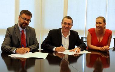 Llorente Bus renova el conveni de col·laboració amb la Fundació Turisme Benidorm