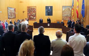 Benidorm celebra un pleno institucional que impulsa y conmemora la efemérides de su fundación