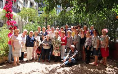 Las amas de casa de Benidorm exponen los trabajos de todo el curso en l'Hort de Colón