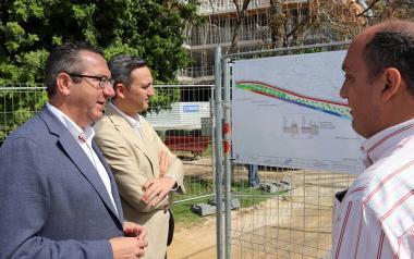 Benidorm inicia la remodelación del Parque de Elche, que incluirá una pavimentación igual a la del Paseo de Poniente