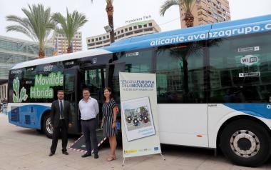 Benidorm vol consensuar amb la Generalitat un nou model de transport públic urbà