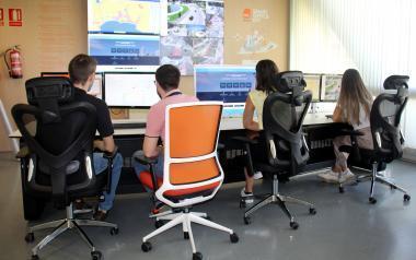 El Ayuntamiento incorpora a los primeros 18 jóvenes menores de 30 años contratados con fondos europeos