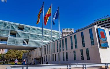 Benidorm aumenta hasta 9.000 euros el importe de las ayudas para colaborar con los gastos de las asociaciones empresariales