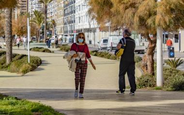 Benidorm resuelve la 8ª remesa de las ayudas municipales a familias