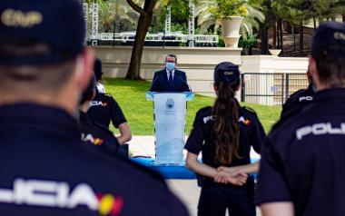 """Toni Pérez destaca """"el clar compromís de fer més segura i plena"""" la vida de residents i turistes per part de la Policia Nacional"""