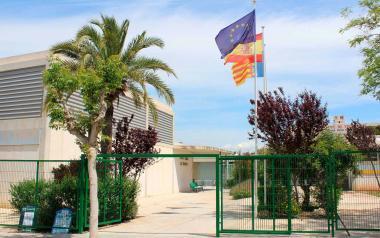 El Carrer de Pilota del Palau deja de funcionar como vacunódromo y el punto se traslada al centro social La Torreta