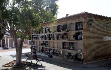 Benidorm amplía de lunes a viernes el horario de apertura del cementerio Sant Jaume