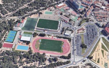Esports sol·licita a Diputació una subvenció per a reconstruir una pista de la Ciutat Esportiva 'Guillermo Amor'