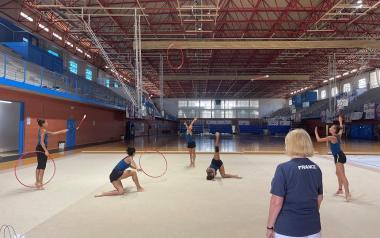 El equipo francés de gimnasia rítmica inicia su olimpiada en Benidorm de cara a París 2024