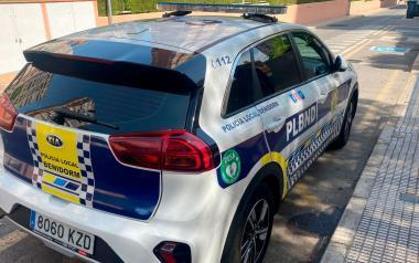 Diez vehículos de la Policía Local, equipados con un desfibrilador semiautomático