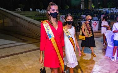 Las reinas hacen su entrada en el Julio Iglesias.