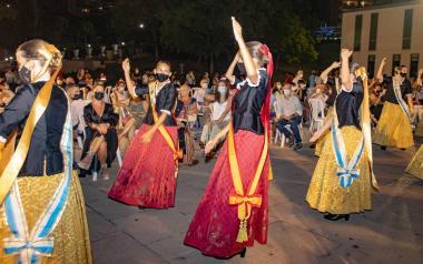 Fiestas abre el plazo para inscribirse como dama de les Festes Majors Patronals 2022