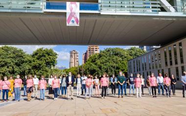 Apoyo de Benidorm a Anémona y a la lucha contra el cáncer de mama