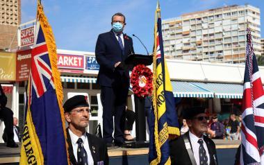 Benidorm conmemora un año más el 'Poppy Appeal' con un desfile de la Royal British Legion