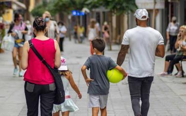 Benidorm aprova la sisena remesa d''Ajudes Parèntesi', i ja ha concedit 4,2 milions d'euros