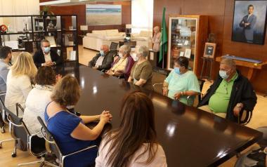 Un grupo de residentes de la Fundación Miranda, de Barakaldo, pasan una semana en Benidorm