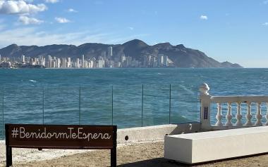 Juventud lanza el Concurso de Fotografía '#BenidormTeEspera'
