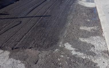 Compromís reclama que se reparen los agujeros que causan las obras de la Avda. Ametlla de Mar de Benidorm