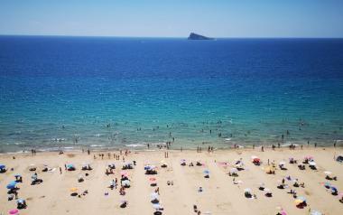 Benidorm prepara les seues platges de cara a la reactivació de la mobilitat i l'activitat turística...