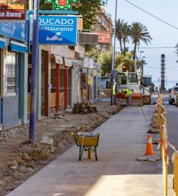 Benidorm improves sewage, drinking water and sidewalks and the urban scene of…