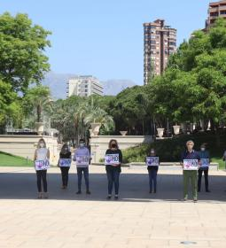 Benidorm reiterates its NO to sexist violence with a minute of silence for th…