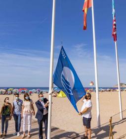 Benidorm's beaches already wear their new blue flags