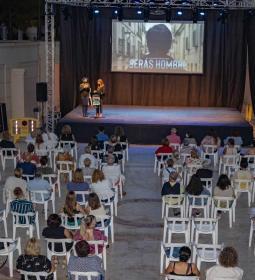 Igualdad proyecta 'Serás hombre', un film que desmonta la cultura machista