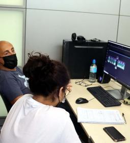 Los seis cortometrajes del proyecto 'Documóvil', rodados por estudiantes de E...