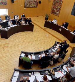 Benidorm mantendrá las ayudas para clases de refuerzo, pero reclama a Consell...