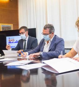 Benidorm llança una targeta de transport públic amb 10 euros de càrrega per a…