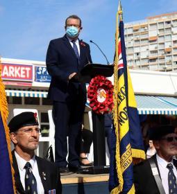 Benidorm commemora un any més el 'Poppy Appeal' amb una desfilada de la Royal…