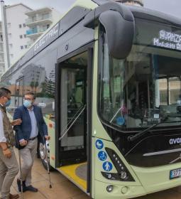 Benidorm prueba la idoneidad de un bus eléctrico en su red de transporte urba...